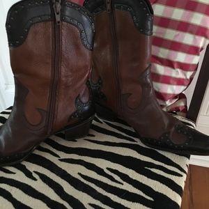 Stuart Weitzman Short Brown Western Boots, Size 5